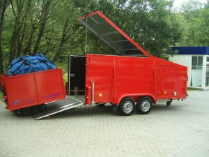 schoeler-spezialanhaenger-004
